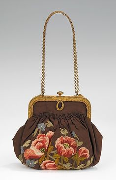 Evening purse - Metropolitan Museum of Art - 1920-29 French - Silk
