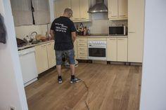 Aplicación de aceite, en tarima de roble Wood Flooring, Oak Tree, Oil