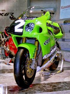 Kawasaki Ninja 750, Kawasaki Zx7r, Kawasaki Motorcycles, Racing Motorcycles, Motorcycle Manufacturers, Motorcycle Design, Motorcycle Art, Zx 10r, Super Bikes