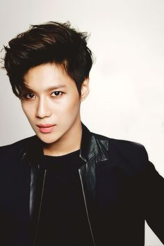 TAEMIN looking so perf @_@