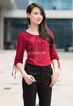 70 Elegant Job Work Outfit Ideas to Look Attractive - Girls Summer Outfits, Trendy Outfits, Blouse Styles, Blouse Designs, Dress Shirts For Women, Clothes For Women, Casual Dresses, Fashion Dresses, Hijab Fashion