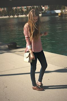 .red stripes