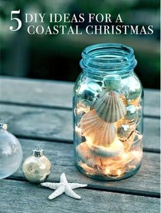 DIY mason jar craft ideas always make for a surprise! DIY maritime decoration with shells and fairy lights DIY mason jar craft ideas always make for a surprise! DIY maritime decoration with shells and fairy lights Pot Mason Diy, Mason Jar Crafts, Seashell Crafts, Beach Crafts, Diy Crafts, Seashell Projects, Crafts With Seashells, Christmas Mason Jars, Christmas Crafts