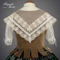 Margarita Vercher Hobbit Costume, Moda Paris, Heirloom Sewing, Thomas Sabo, The Hobbit, Margarita, Lace, Vintage, Dresses