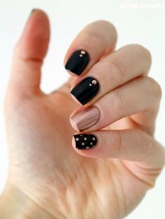 Loving the black and copper/rose gold. Sweet, sophisticated and not too hard to do.