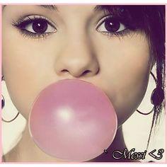 ^_^ Galeria.GLITERY.pl » Selena Gomez & sweet balon xd » avatary... ❤ liked on Polyvore