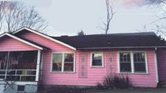 Step back in time with The Pink House in Asheville, North Carolina, and find decoration and painted pieces for the home in a cottage style.