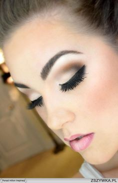 bridal or night out smokey eye make up http://www.pinterest.com/JessicaMpins/