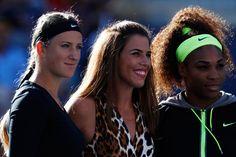 Jennifer Capriati poses with Serena Williams (USA)[4] and Victoria Azarenka (BLR)[1]  before the 2012 US Open Women's Final. - Philip Hall/USTA