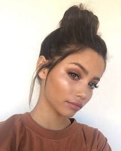 Pinterest | @NxdeCollection Instagram | @TheNudeCollection Natiral Makeup, Tan Skin Makeup, Dewy