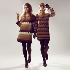 Fashionable in brown knit Foto Fashion, 1960s Fashion, Fashion History, Timeless Fashion, New Fashion, Fashion Models, Vintage Fashion, Stylish Outfits, Cool Outfits