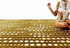 de design vloerkleden en tapijten van Gandia Blasco. Luxe design tapijten staan voor hoogwaardige handgetufte en handgeknoopte tapijten. -
