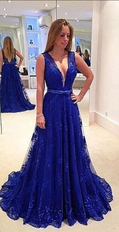 A-Line Long Beaidng Prom Dresses,Open Back Sweep Train Prom Gowns,Prom Dresses,Modesr Evening Dresses,Beauty Party Dresses,Deep V Lace Royal Blue Formal Gowns