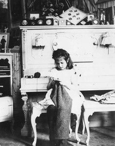 The real Anastasia Romanov; cute picture of her knitting