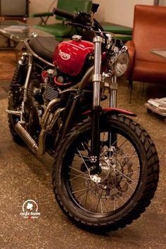 Triumph Brat Style #motorcycles #bratstyle #motos | caferacerpasion.com