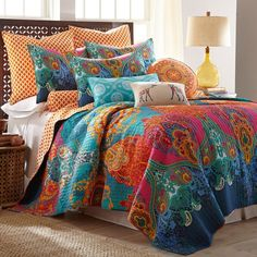 Evoke a bohemian vibe in your bedroom with the Levatex Home Madalyn Reversible Quilt Set. The bold, vibrant Moroccan-inspired quilt features an eclectic mix of bright jewel-tone colors and luscious damask patterns, and an orange diamond patterned reverse. King Quilt Sets, Queen Quilt, King Quilts, Bed Quilts, Western Bedding, Rustic Bedding, Quilt Bedding, Twin Quilt, Bedroom Decor