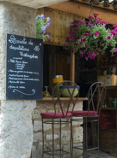 Les Baux, Provence Restaurant, France- love the grandeur of France but, for me, it's about the quaint and simple La Provence France, Outdoor Cafe, Outdoor Shop, Outdoor Seating, Outdoor Rooms, Outdoor Living, Sidewalk Cafe, Small Restaurants, Cafe Bistro