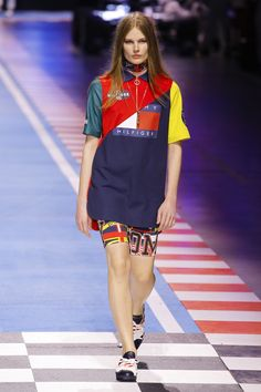fcfc9f196840 Tommy Hilfiger Spring 2018 Ready-to-Wear Fashion Show Collection Fashion  2018