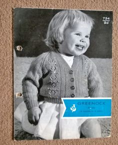 VINTAGE KNITTING PATTERN for a baby / toddler cardigan with lace panel.