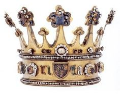 The medieval Crown of Margaret of York made circa 1300AD - @~ Mlle