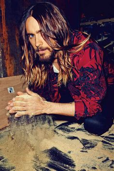 """Jared Leto Looks Absolutely Flawless For """"Flaunt"""" Magazine"""