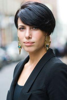 London Street Style .... Statement Earrings .... Virginia by Vanessa Jackman