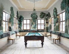 13 Winning Games Rooms on The Study: The @1stdibs Blog | http://www.1stdibs.com/blogs/the-study/games-rooms/