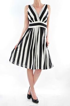 !     !         1  50s Pin Up Dresses: 50s Stripe Housewife Up Dress