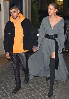 Fashion Week Stars in London, Paris and Milan - Gigi Hadid in an Adam Selman dress and over the knee boots with Zayn Celebrity Skin, Celebrity Outfits, Celebrity Couples, Celebrity Style, Gigi Hadid And Zayn Malik, Celebs, Celebrities, Milan, Summer Outfits