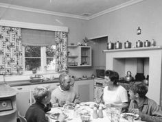 Vintage Family Sundays Dinner