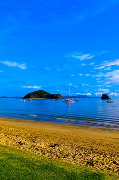 Paihia, Bay of Islands, Northland, New Zealand. Re-pinned by @OzeHols - Holiday Accommodation - Holiday Accommodation been here a couple of years while on holiday in North Island. Yes it is beautiful.