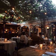 Romantic outdoor restaurants in southern California.
