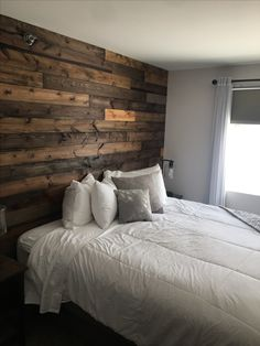 Bedroom With Wood Accent Wall Bedroom With Wood Accent Wall On Black Friday, you would accept been added acceptable to acquisition Charlina Hurt arcade for accoutrement at the bounded accouterments abundance than Reclaimed Wood Bedroom Furniture, White Distressed Furniture, Wood Bedroom Sets, Accent Wall Bedroom, Bedroom Furniture Sets, Home Decor Bedroom, Modern Bedroom, Wood Walls, Wood Accent Walls