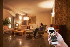 Homeplaza - Intelligente Leuchtmittel sorgen für optimale Lichtverhältnisse - Vernetztes Eigenheim bringt Licht ins Dunkel