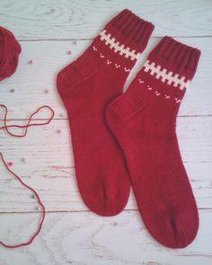 #носкиспицами#женскиеноски#теплыеноски#носкисузорами#бордовый#вязание#узоры#спицами#пряжа#knit#socks#knitted Socks, Fashion, Moda, La Mode, Fasion, Fashion Models, Ankle Socks, Trendy Fashion, Sock