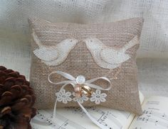 DIY Burlap ring bearer pillow ... #BudgetWedding ideas for brides, grooms, parents & planners ... https://itunes.apple.com/us/app/the-gold-wedding-planner/id498112599?ls=1=8 … plus how to organise an entire wedding, without overspending ♥ The Gold Wedding Planner iPhone App ♥