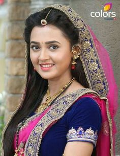 Online Designer Bag Shopping: Buy Smarter, Faster And Cheaper Beautiful Girl Indian, Beautiful Saree, Beautiful Indian Actress, Beautiful Actresses, All Indian Actress, Indian Actresses, India Beauty, Asian Beauty, Tejaswi Prakash