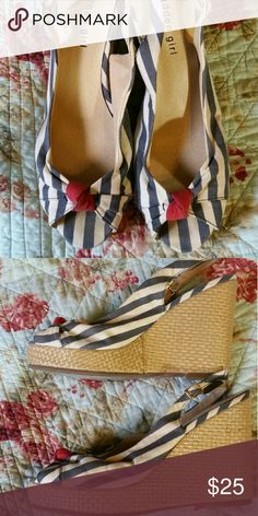 """Madden Girl slingback wedges Navy and cream striped wedges with a washed red knot at the toe. Super comfortable. Woven straw wedge heel. 4 1/2"""" heel. Madden Girl Shoes Wedges"""