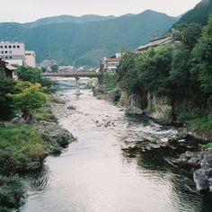 https://flic.kr/p/qd6QTn   river