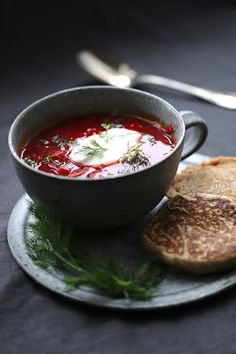 Borscht russe, Fruit Recipes, Soup Recipes, Keto Recipes, Cooking Recipes, Peasant Food, Borscht, Tasty, Yummy Food, Russian Recipes