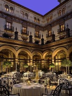 Dinner was alfresco in the courtyard...late!  Service began at 9 or so...rough for a 13 year old on a school night.   Alfonso XIII Hotel in Seville - Spain