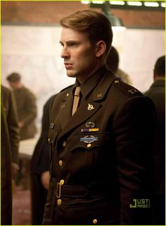 Soooo handsome, and I love Chris Evans as Steve Rogers/Captain America.  An awesome characters with the good heart.  Love it.
