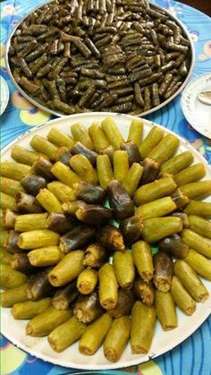 Kusa wa warq ainb - stuffed zucchini and grape leaves - كوسا وورق عنب