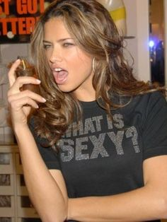 Adriana Lima Hairstyles Pictures | Haircuts, Hairstyles 2015 and Hair colors for short long medium hairstyles