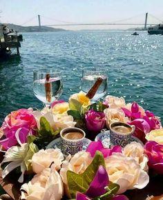 Turkish coffee with the view of the Bosphorus bridge. Coffee With Friends, Good Morning Coffee, Beautiful Rose Flowers, Breakfast Tea, Coffee Photography, Tea Art, Turkish Coffee, Happy Day, Tea Time