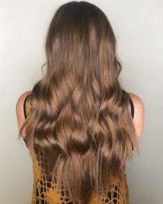 17 Incredibly Gorgeous V-Cut Hair Shape Ideas Long Hair V Cut, V Cut Hair, Long Layered Hair, Haircuts For Long Hair, Layered Haircuts, Straight Hairstyles, U Cut Hairstyle, Face Shape Hairstyles, V Shaped Haircut
