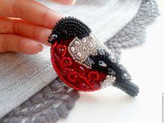 """Купить """"Снегирь в серебре"""" брошь - ярко-красный, белый, черный, серебряный, снегирь, птичка, птица"""