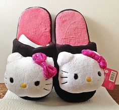 Hello Kitty Plush Slippers House Shoes Scuffs Black Sequins Ladies MEDIUM 7-8 #HelloKitty #Scuffs