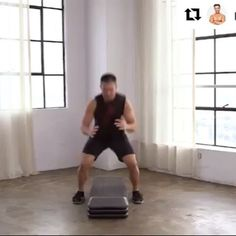 Get ready for the weekend with this short yet intense workout by our FF Star @mikedfitness #Repost #FITFUSION #TGIF