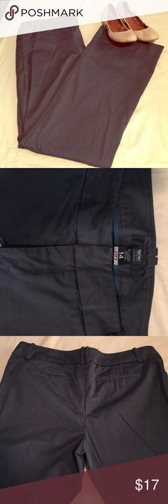 Work pants Great condition, wide leg work pants. Slightly stretchy and comfortable. Mossimo Supply Co. Pants Wide Leg